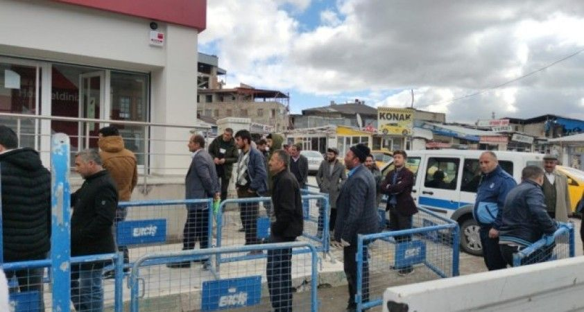 Erciş'te korona virüs önlemleri