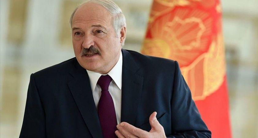 Esad'dan Belarus'taki seçimlerin galibi Lukaşenko'ya kutlama