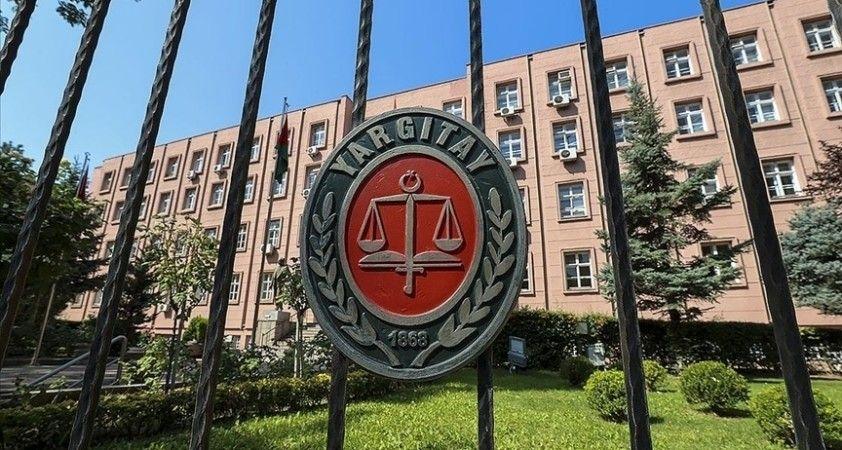 Yargıtay, işverenine sandalye ve mermer heykel atan noter katibinin işten çıkarılmasını haklı buldu