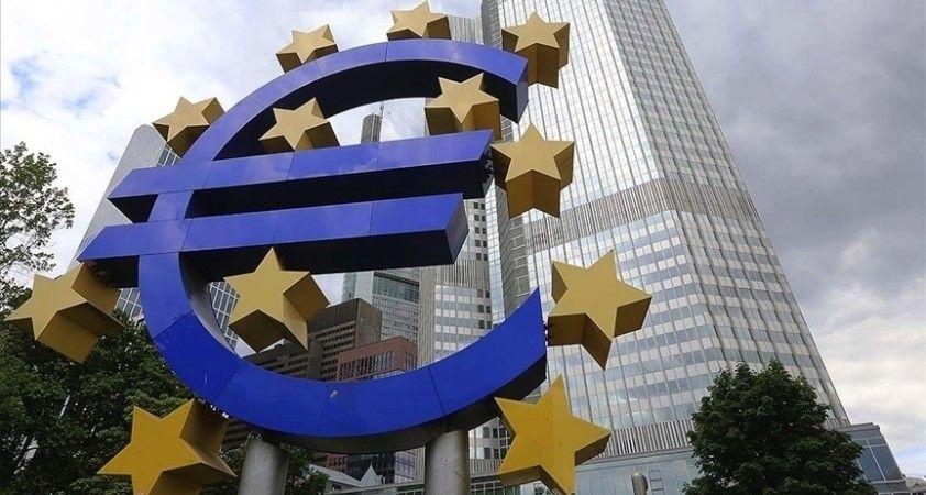 ECB, ekonomik aktivitenin hızlanmasını bekliyor