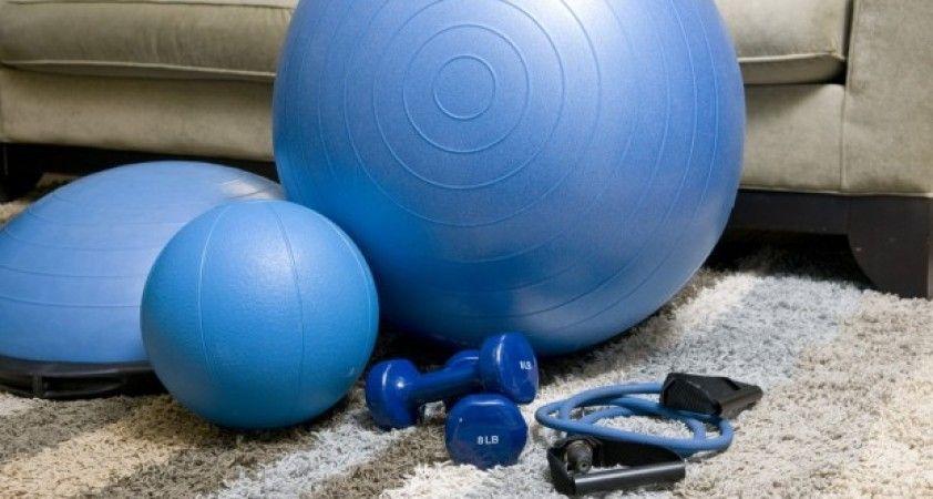 Kovid-19 ile mücadelede evdeki gerginliğin ilacı 'egzersiz'