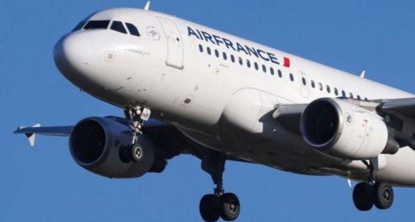 Air France, koronavirüs krizi yüzenden 7500 kişiyi işten çıkartacağını duyurdu