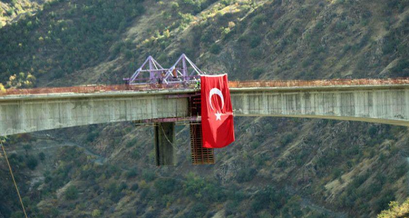 50 yıllık hayal gerçek oldu, Türkiye'nin en yüksek köprüsü açılıyor