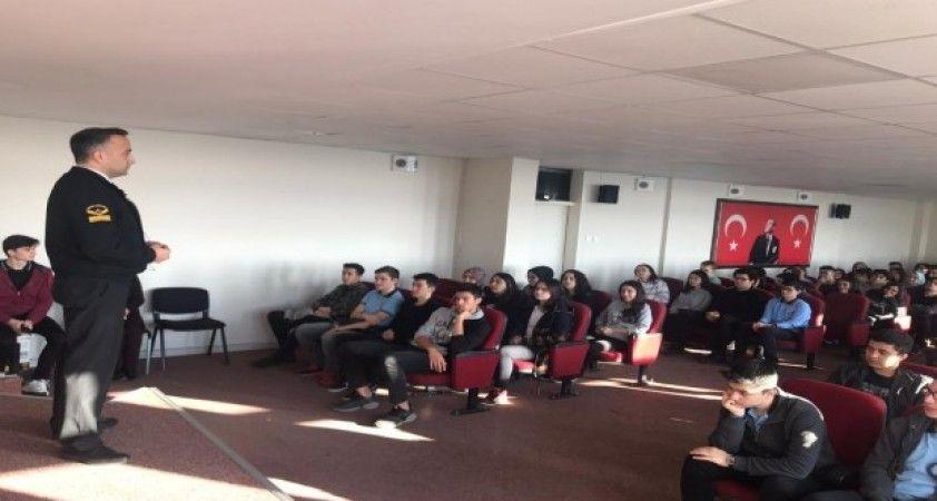 Jandarma ve Sahil Güvenlik Akademisi öğrencilere tanıtıldı