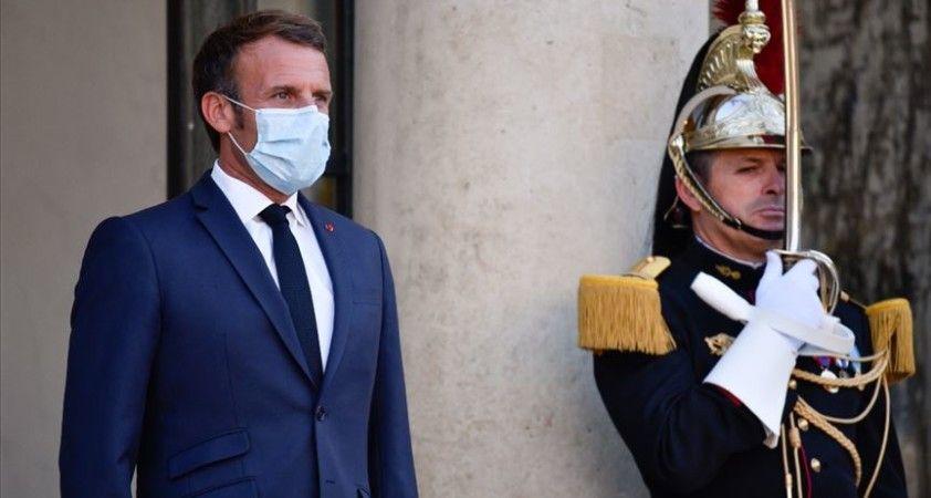Doç. Dr. Babacan'dan Macron değerlendirmesi: Napolyon olma rüyası peşinde