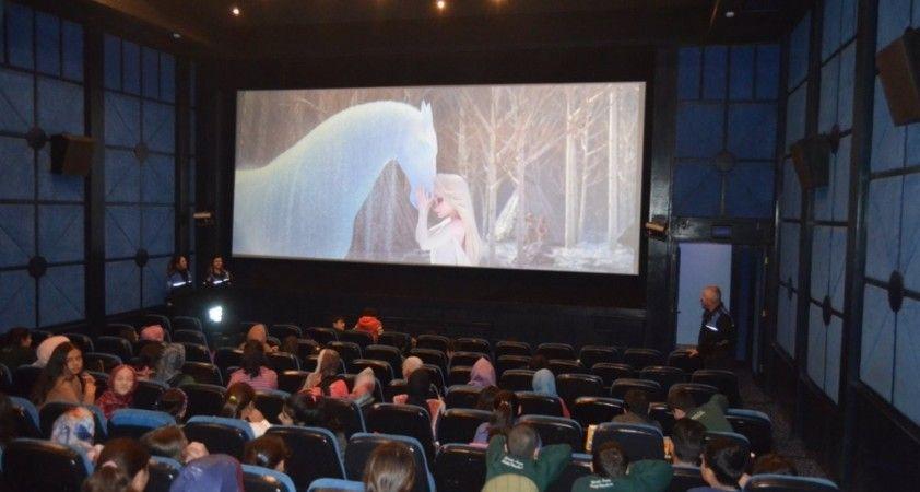 Sinema salonlarına 16 milyon liralık destek