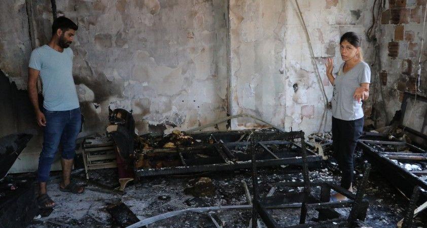 Elektrik kontağından çıkan yangın hayatlarını kararttı