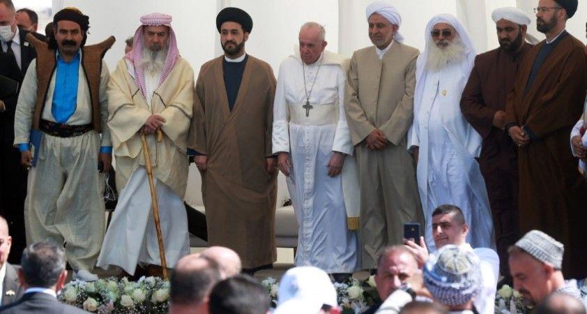Irak'ın antik Ur kentini ziyaret eden Papa 'Kardeşliğimizi güçlendirmeliyiz' çağrısı yaptı