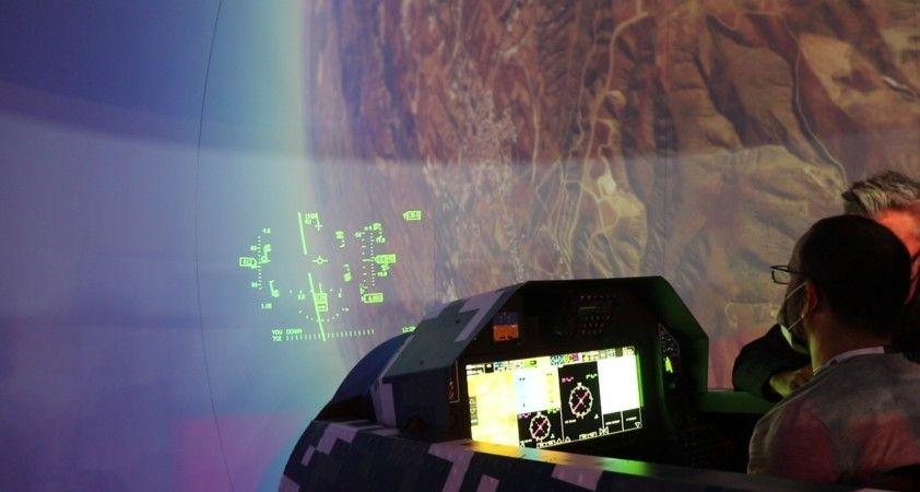 TUSAŞ'tan IDEF'te Hürjet ve TF-X simülatörü uçuş eğitimi