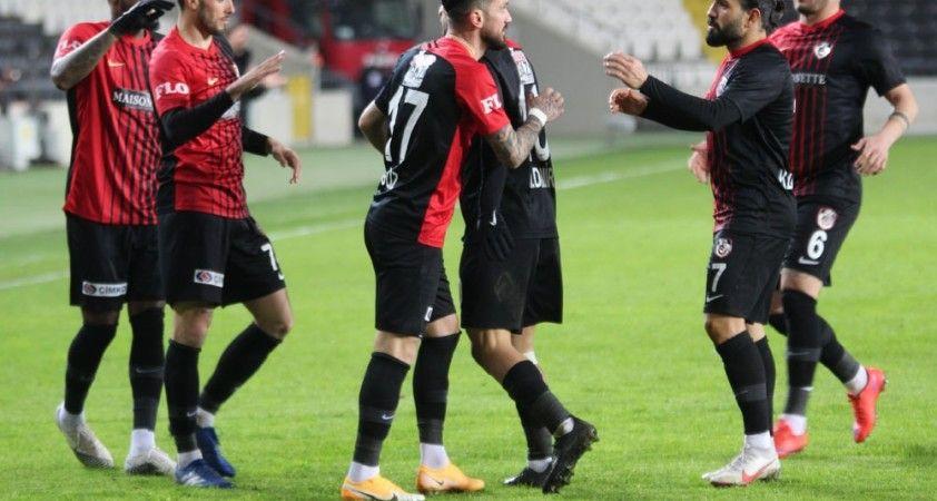Gaziantep FK'nın ilk yarı karnesi