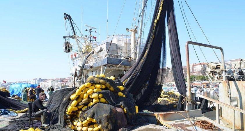 Balıkçıların korkulu rüyası 'Kaykay': 1 ay sonra yine salya ile döndüler
