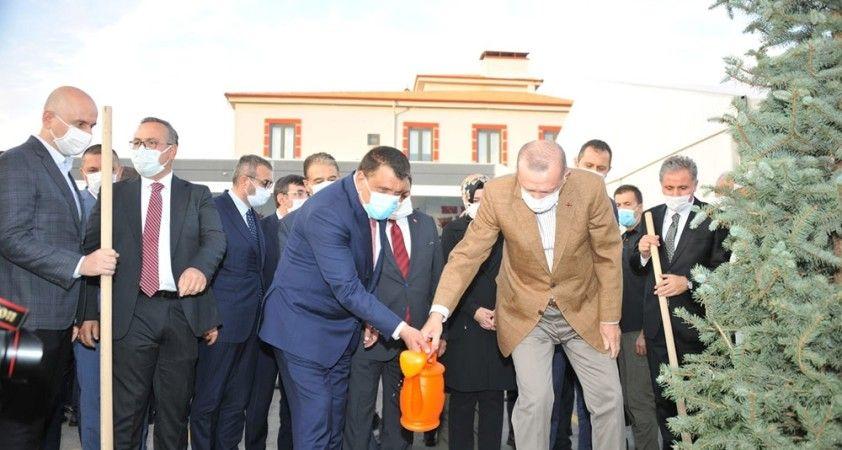 Cumhurbaşkanı Erdoğan: Her gün yeni bir projenin açılış sevincini yaşıyoruz'