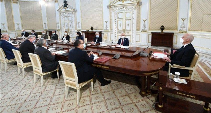 Tunus Cumhurbaşkanı, kabine revizyonunda anayasal prosedüre uyulmadığını açıkladı