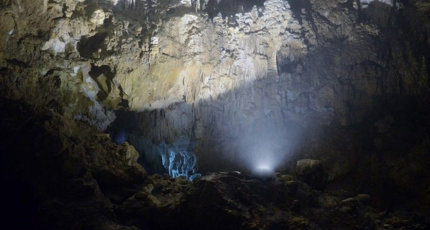 Karadeniz'in en uzun mağarasına ziyaretçi akını