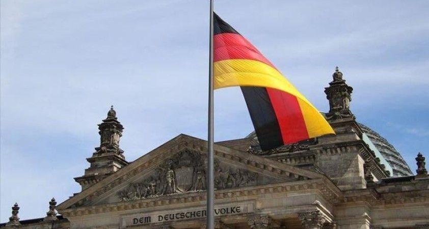 Almanya'da yıllık enflasyon eylülde sıfırın altında kaldı