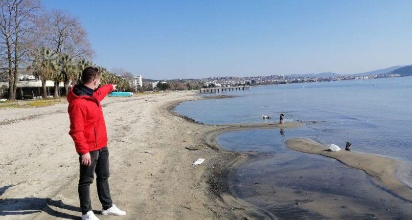 Erdek'te korkutan görüntü deniz çekildi