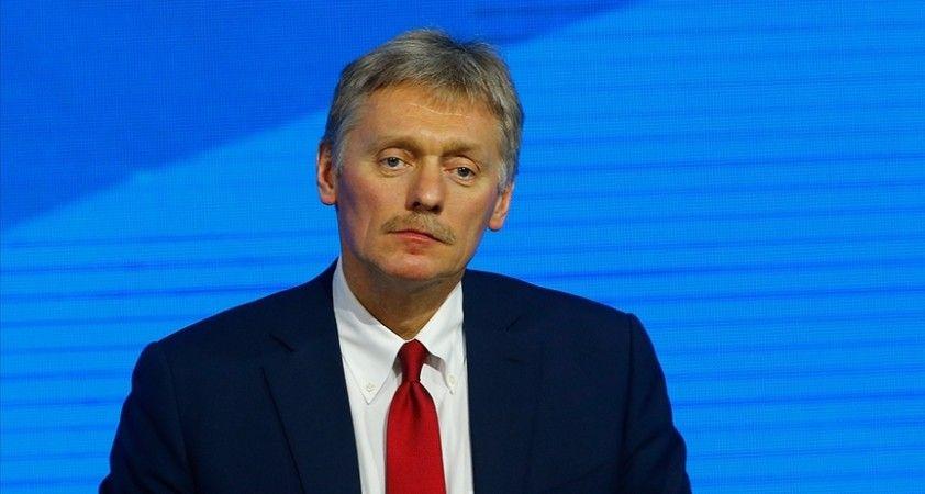 Kremlin: Türkiye ile Rusya arasındaki ilişkiler gelişiyor