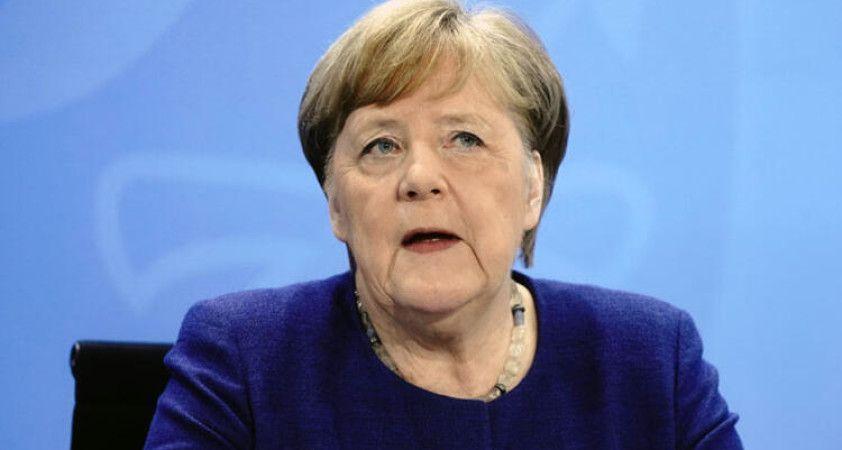 Merkel'den Trump'ın G7 davetine ret