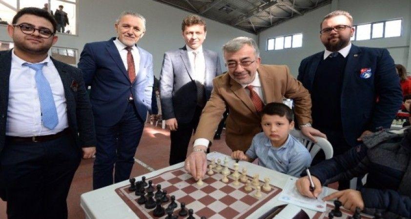 Osmangazi'de satranç heyecanı başladı