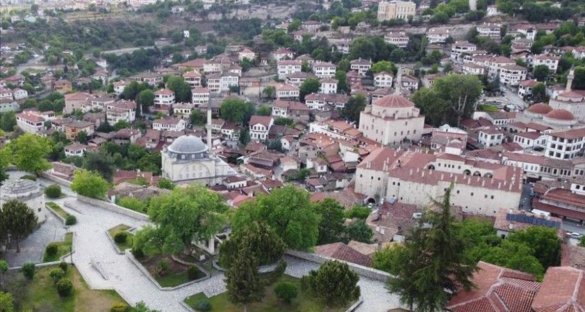 Osmanlı kenti Safranbolu 44 yıldır özenle korunuyor