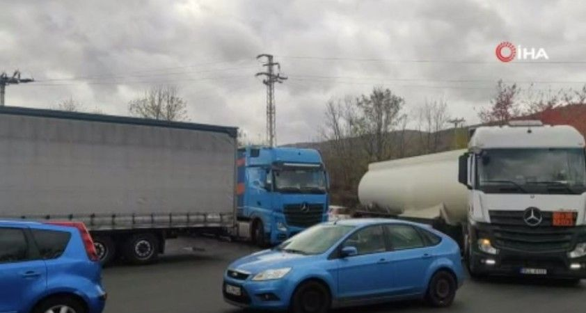 Almanlar, Çekya'daki benzin istasyonlarında kuyruğa neden oluyor