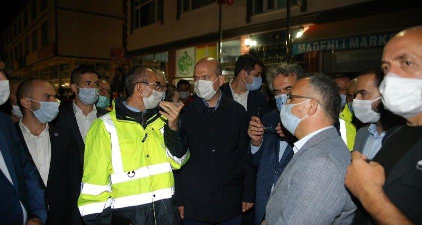 İçişleri Bakanı Soylu, Rize'deki sel bölgesinde incelemede bulundu