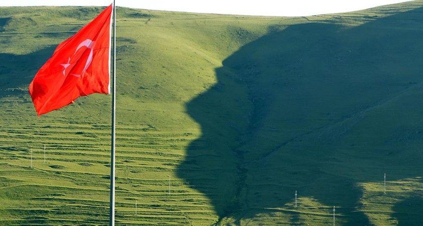 Ardahan\'daki \'Atatürk silüeti\' görülmeye başlandı