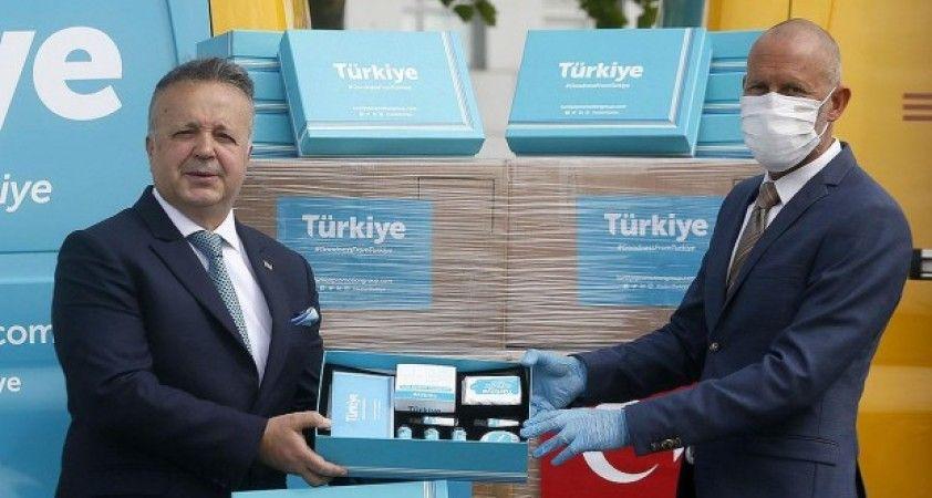 Türkiye Tanıtım Grubu'ndan 'Made in Türkiye' logolu hijyen kitli tanıtım