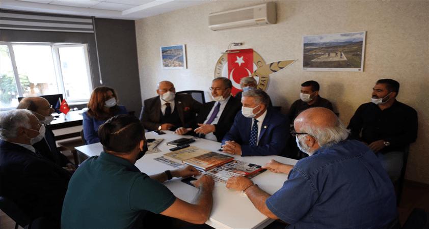 CHP İzmir Milletvekili Atilla Sertel; 'Basın Milletin Müşterek sesidir'