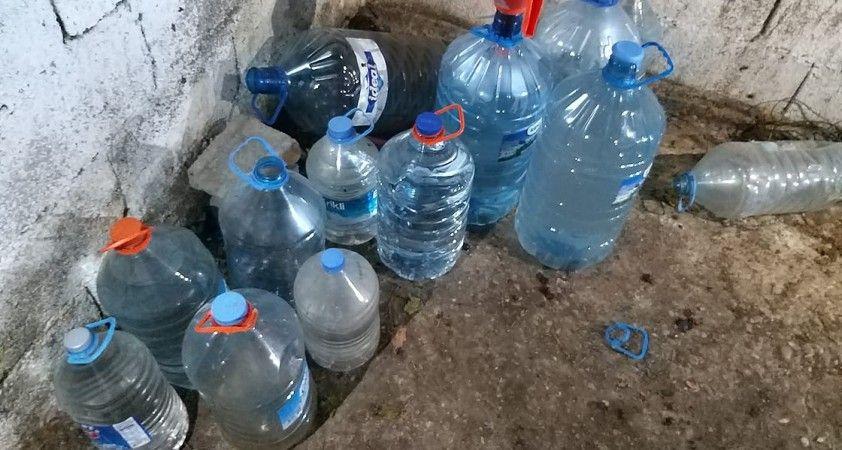 Adana'da 1055 litre sahte içki ele geçirildi