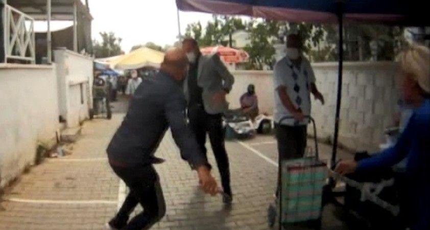 Didim'de zabıta müdürüne saldırı anı kameralara yansıdı