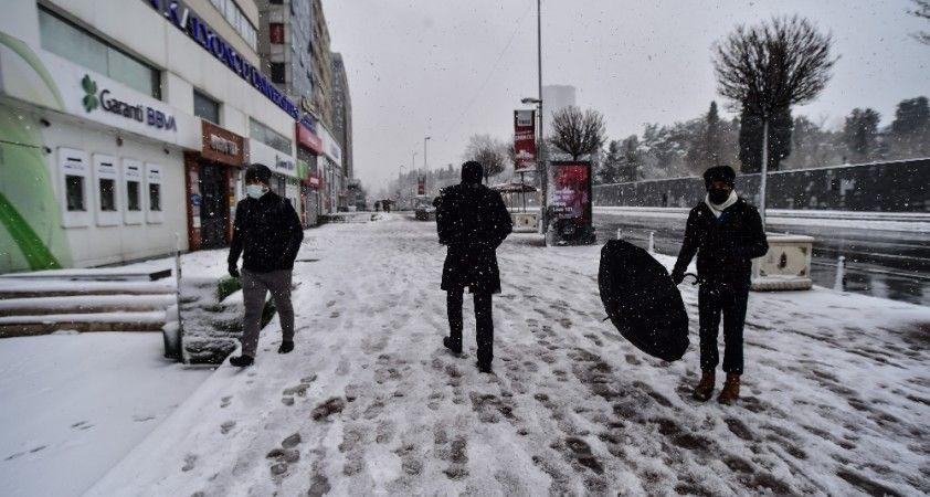 Kar yağışını gören vatandaş:
