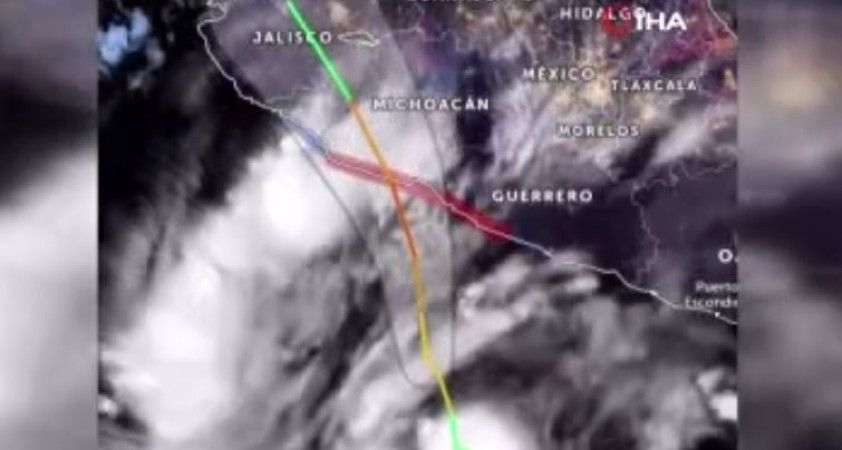 Rick Kasırgası'nın Meksika'yı vurması bekleniyor