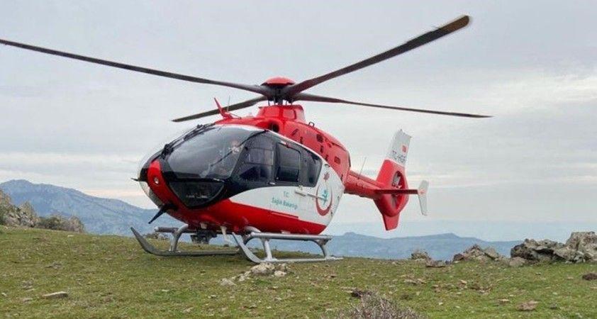 İzmir'de dağlık alanda yaralanan kadının imdadına hava ambulansı yetişti