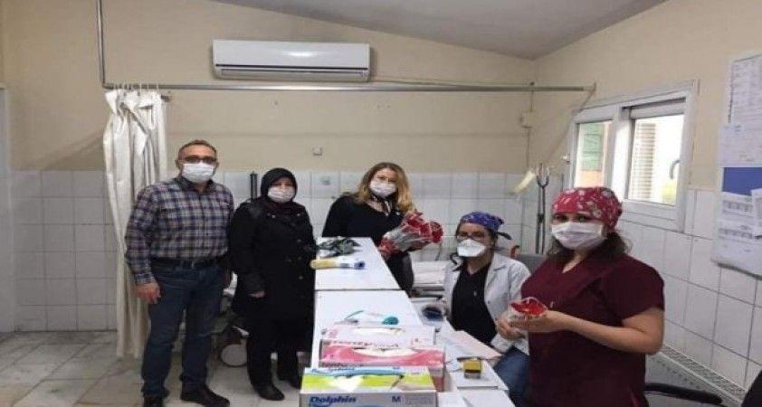 AK Parti'lilerden hemşirelere anlamlı ziyaret