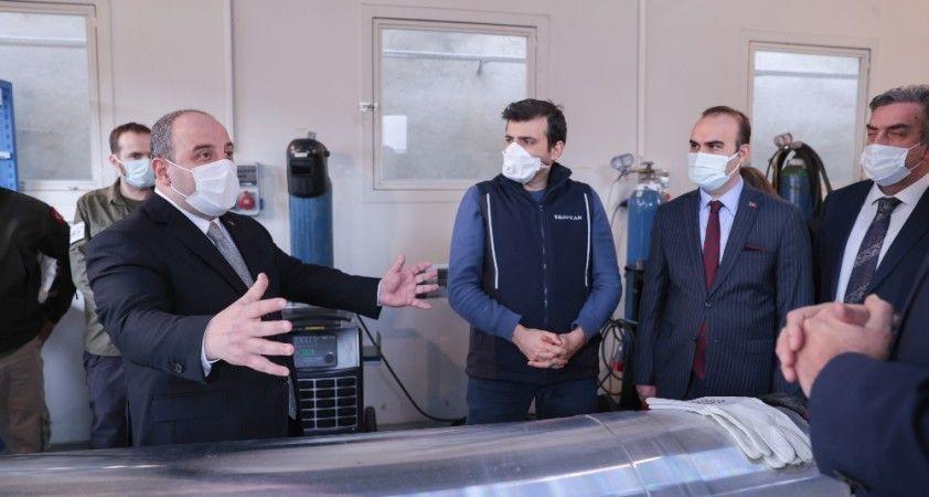 """Bakan Varank: """"Türkiye bir uzay ülkesi, ülkemizde uzay alanında gelişmiş çok önemli kabiliyetler var"""""""