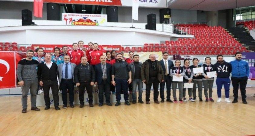 Okullar arası Gençler Masa Tenisi Türkiye Şampiyonası tamamlandı