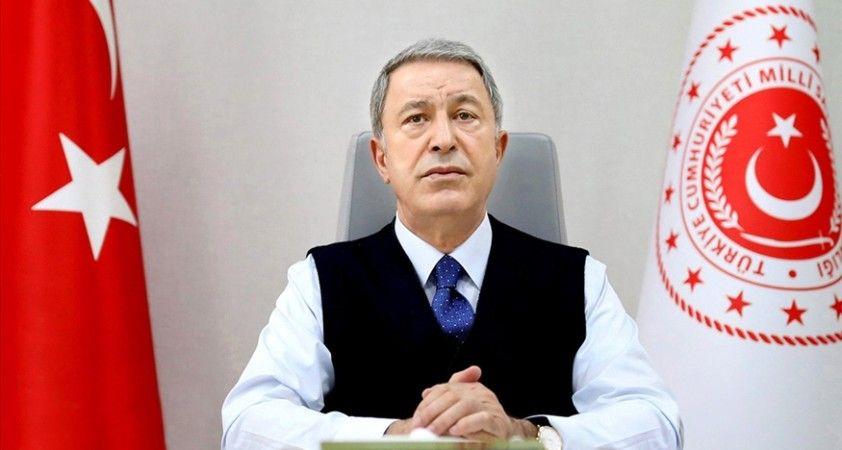 Bakan Akar: TSK'nın elde ettiği tüm başarılarda en büyük pay, aziz şehitlerimize ve kahraman gazilerimize aittir